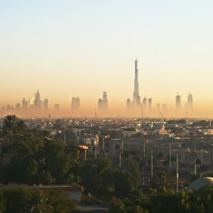 #4205 Dubai am frühen Morgen
